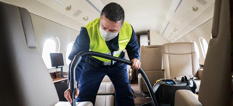Atualização dos protocolos de limpeza e segurança de companhias aéreas
